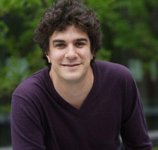 Jérôme Charlebois, auteur/compositeur/interprète, metteur en scène. (Groupe CNW/FONDATION JASMIN ROY)