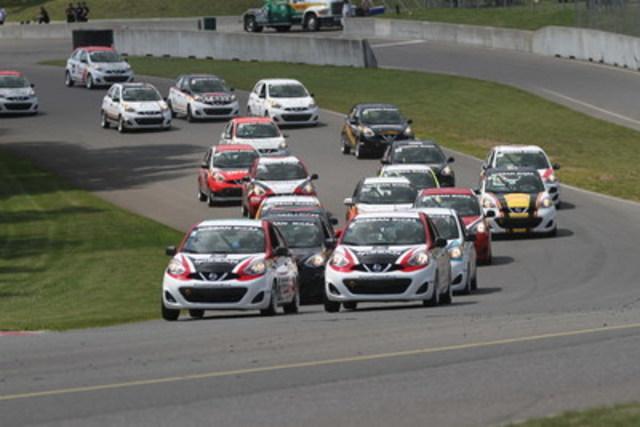 Un fantastique doublé dans les deux courses pour les pilotes de Nissan GT Academy. (Groupe CNW/Nissan Canada Inc.)