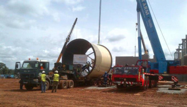 SAG mill arriving on-site (CNW Group/Endeavour Mining Corporation)