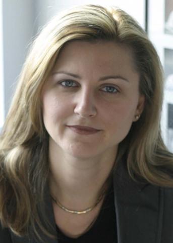 Lillian Badzioch, ARP - Hamilton Health Sciences (Hamilton) (Groupe CNW/Canadian Public Relations Society)