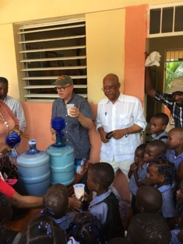 Mera fed roughly 100 children in Jeremy, Haiti, a community hard hit by the hurricane (CNW Group/Mera Food Technologies Inc.)