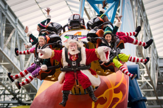 Oh what fun it is to ride with Santa and his elves at Mall of America (CNW Group/Mall of America)