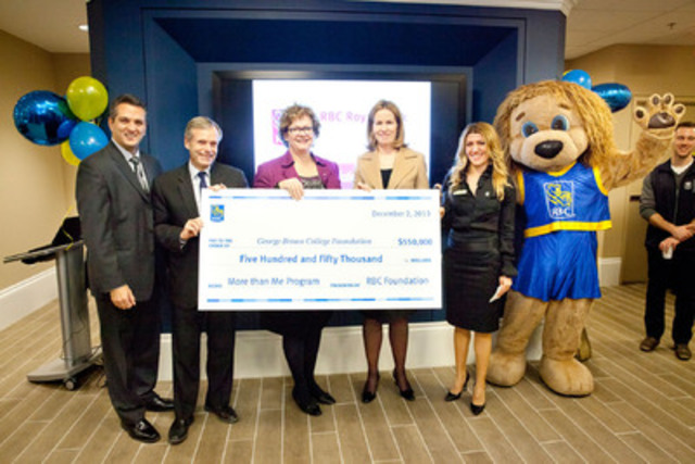 Curtis Hitsman, Gordon Cressy, Anne Sado, Jennifer Tory, Suzan Kisa and Leo the Lion (CNW Group/RBC Royal Bank - Public Affairs & Community Relations)