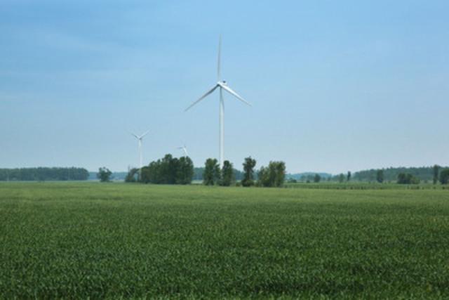 Wind Turbines - Kincardine, Ontario. (CNW Group/Canadian Wind Energy Association)