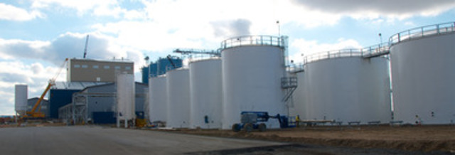 The Pacific Coast Canola facility, in Warden, Washington, is the first and only commercial-scale canola crushing operation west of the Rocky Mountains, and is well positioned to supply the expanding demand for canola products on the west coast of the United States. (CNW Group/Legumex Walker Inc.)