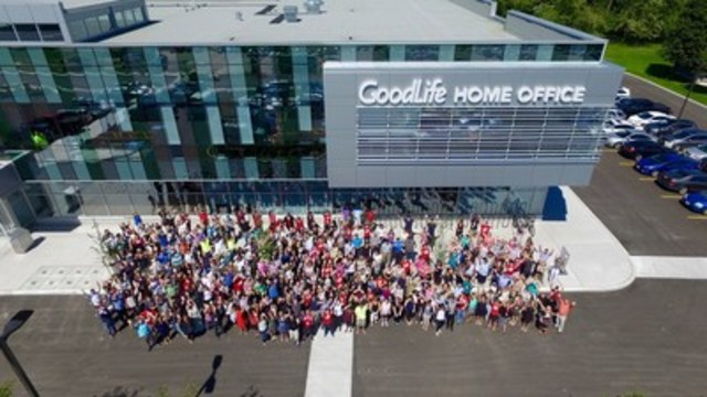 GoodLife Fitness Associates pose outside of their new Home Office in London Ontario. The Canadian owned and operated company plans to hire 600 new positions by the end of August 2017. (CNW Group/GoodLife Fitness)
