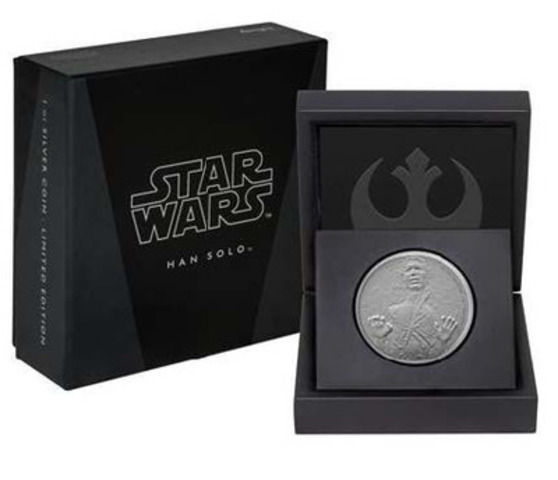 The Han Solo Pure Silver Coin is shown displayed in high-quality official Star Wars branded packaging. (CNW Group/Canadian Imperial Bank of Commerce)