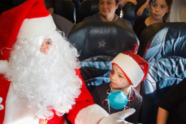 Air Transat et la Fondation Rêves d'enfants se sont envolés cet après-midi à la recherche du Père Noël! (Groupe CNW/TRANSAT A.T. INC.)