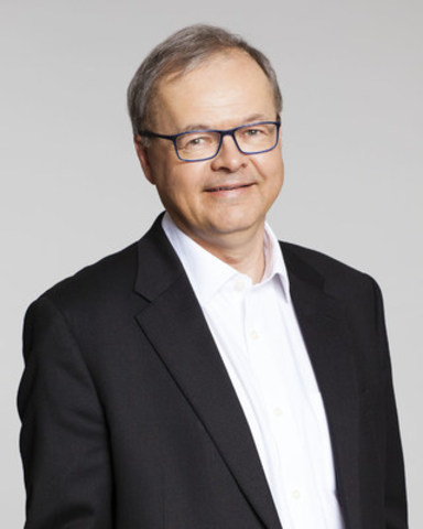 Bruce MacLellan, APR, FCPRS, Chairman and CEO of Environics Communications (CNW Group/Canadian Public Relations Society)