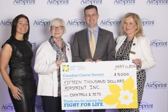From left to right: Jessica Dirom, Senior Director, Fundraising, Canadian Cancer Society; Bretta Maloff, Provincial Board Member, Canadian Cancer Society; James Elian, President and COO of AirSprint; Susan Cron, Chief Operating Officer, Canadian Cancer Society (CNW Group/AirSprint Inc.)