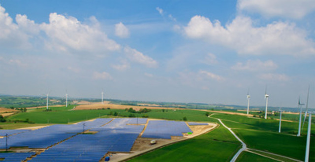 Site éolien et solaire de Boralex situé à Avignonet-Lauragais, France. (Groupe CNW/BORALEX INC.)