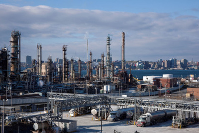 Imperial Oil Dartmouth Refinery (CNW Group/Imperial Oil Limited)