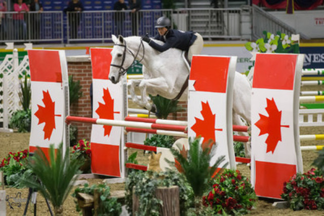 Kassidy Keith of Duncan, BC, scored an overall victory in the 2015 CET National Medal Finals on Thursday, November 12 at the 2015 Royal Horse Show®. (CNW Group/Royal Agricultural Winter Fair)