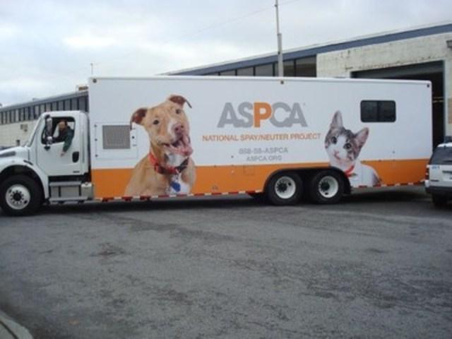 Unité mobile de stérilisation de l'ASPCA de New York (Groupe CNW/CENTRES D'ADOPTION D'ANIMAUX DE COMPAGNIE DU QUEBEC (CAACQ))