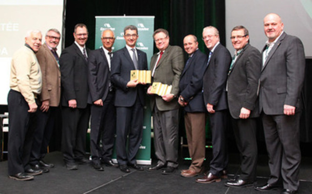 CASCADES: Alain Lemaire, Executive Chairman of the Board of Directors, Pascal Aguettaz, Vice President, Corporate Services; BASF: Laval Cloutier, Eastern Canada Sales Manager, Chafiq Belouadi, Global Key Account Manager, Carles Navarro, President; HEWITT: Jim Hewitt, Chairman and Chief Executive Officer, Robert Lebel, Vice President and General Manager, Material Handling, Stéphane Guérin, President and Chief Operating Officer; CASCADES: Mario Plourde, President and Chief Executive Officer, Stéphane Dubé, Vice-President, Procurement and Logistic. (CNW Group/Cascades Inc.)