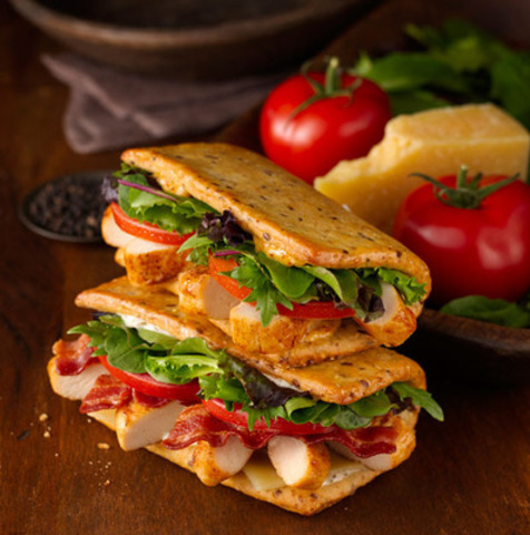 Wendy S Introduces Flatbread Grilled Chicken Sandwiches Featuring
