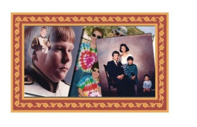 Awkward Family Photos® (CNW Group/Pollard Banknote Limited)