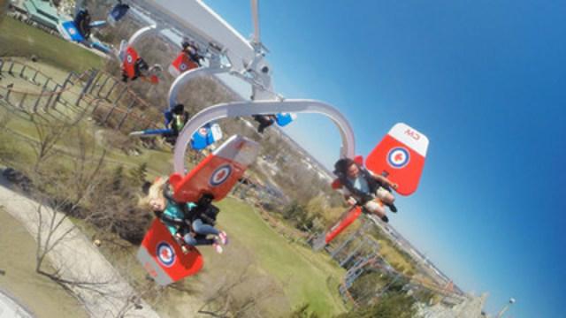 Take flight with Canada's Wonderland's new thrill ride, Skyhawk (CNW Group/Canada's Wonderland Company)