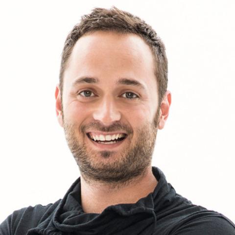 Étienne Dano, humoriste et nouvel animateur en chef du Regroupement des maisons de jeunes du Québec. (Groupe CNW/Regroupement des maisons de jeunes du Québec)
