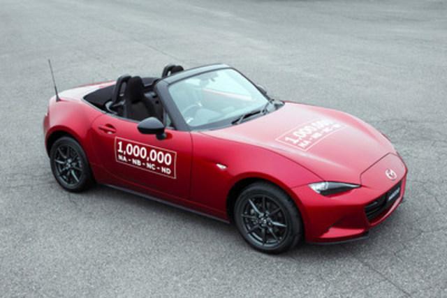 Le millionième exemplaire de la Mazda MX-5 (spécifications japonaises, modèle de 1,5 litre à toit souple) (Groupe CNW/Mazda Canada Inc.)