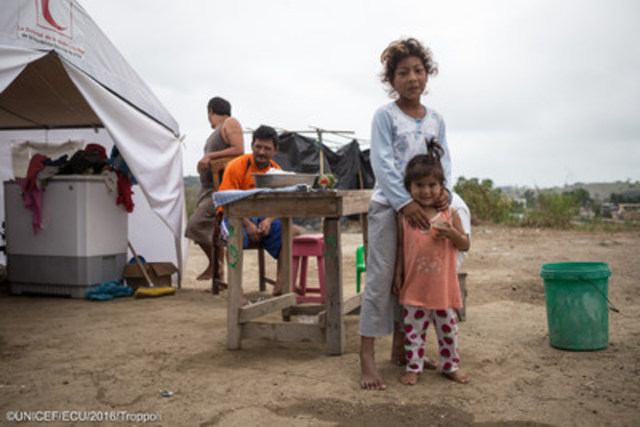 More than 50 families reside in the informal refuge built in La Chorerra community, where no public services are provided and children are at increased risk of diseases such as Zika virus. ©UNICEF/UN025173/Troppoli (CNW Group/UNICEF Canada)