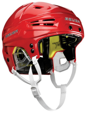 The new Bauer RE-AKT helmet will be available for purchase at retail locations worldwide in May. (CNW Group/BAUER HOCKEY, INC.)