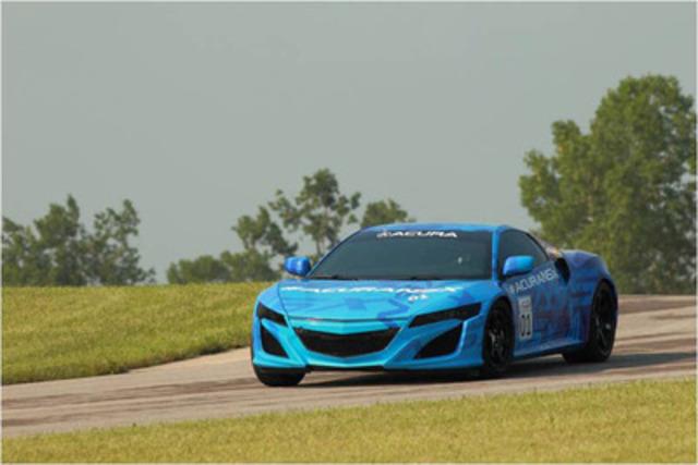 Le prototype de la NSX d'Acura sera dévoilé juste avant la course IndyCar Honda Indy 200 qui aura lieu au circuit de course Mid-Ohio à Lexington, en Ohio, le 4 août 2013.(Groupe CNW/Acura Canada)