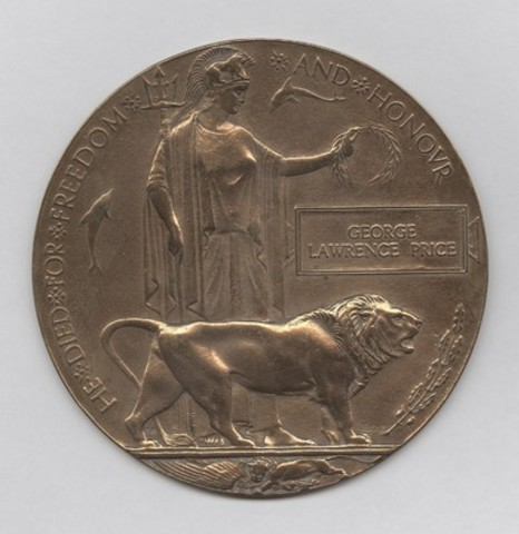 Ensemble de médailles du soldat George Lawrence Price MCG 20160175-001 (Groupe CNW/Musée canadien de la guerre)