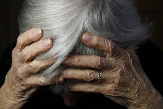 Les ergothérapeutes lancent de nouvelles lignes directrices pour lutter contre les mauvais traitements envers les aînés (Groupe CNW/Association canadienne des ergothérapeutes)