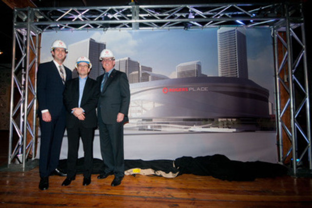 Featured from the left, Edmonton Mayor Don Iveson, John Boynton, Executive Vice-President and Chief Marketing Officer, Rogers Communications and Patrick LaForge, President and Chief Operating Officer, Edmonton Oilers (CNW Group/Rogers Communications Inc.)
