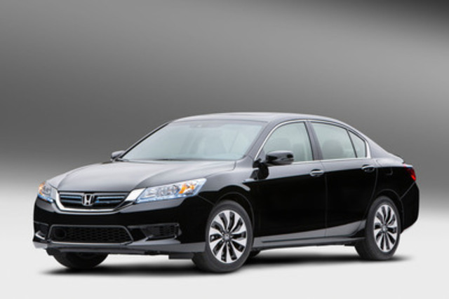Honda Expands Accord Lineup this Fall with 2014 Accord Hybrid Featuring Class-Leading Fuel Economy Ratings and Exclusive Styling (CNW Group/Honda Canada Inc.)