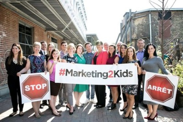 The Stop Marketing to Kids Coalition teams up with Jamie Oliver on childhood nutrition (CNW Group/Heart and Stroke Foundation)