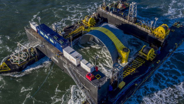 Cape Sharp Tidal's 2MW turbine is now generating power to the Nova Scotia power grid at FORCE. (CNW Group/Cape Sharp Tidal)