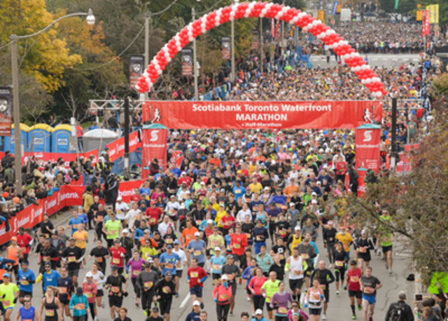 Over 25,000 elite and recreational runners from over 60 countries hit the streets for the 2013 Scotiabank Toronto Waterfront Marathon. (CNW Group/Scotiabank - Sponsorships & Donations)