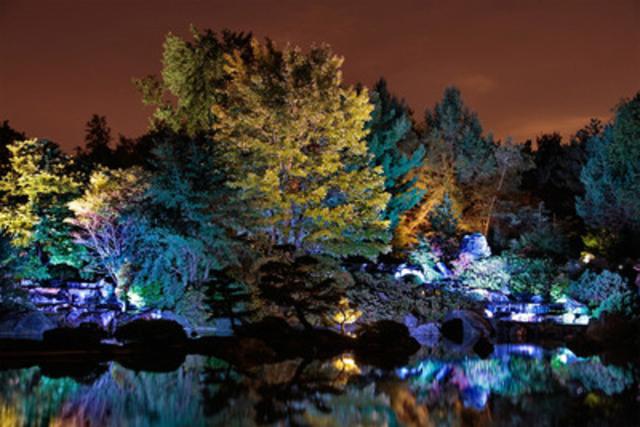 Jardins de lumière, Jardin japonais (Crédits: Jardin botanique de Montréal) (Michel Tremblay) - (Groupe CNW/Espace pour la vie)