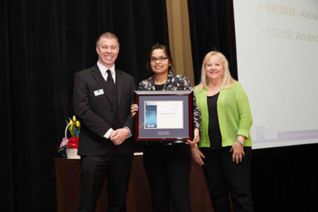 The Canadian Payroll Association welcomed 1249 newly certified Payroll Compliance Practitioners and 122 Certified Payroll Managers at Ontario Certification Recognition Events in April. Pictured: CENTRE, Brampton's Amanda Rohit Dass who achieved Silver honours for top marks in the GTA region; LEFT, Chris Pacella, Manager of Certification for the Canadian Payroll Association; RIGHT, Catherine Johnstone, Board Member. More at payroll.ca. (CNW Group/Canadian Payroll Association)