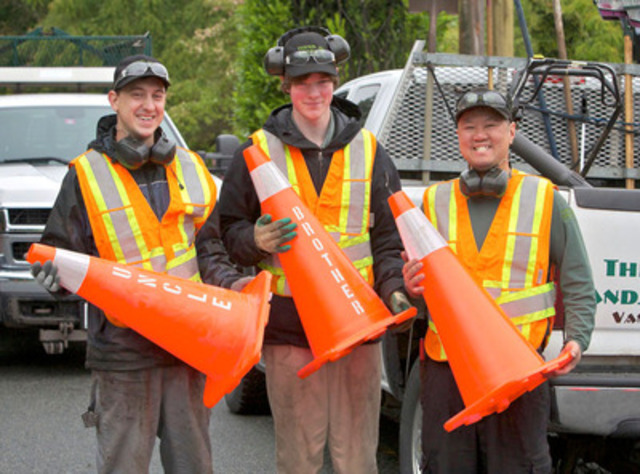 """Work Zone Safety Alliance """"Cone Zone"""" campaign aims to educate drivers and keep roadside workers safe (CNW Group/BCAA Traffic Safety Foundation)"""