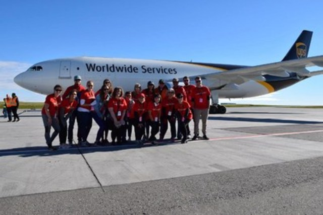 "On September 18, UPS Canada hosted hundreds of people in support of United Way of Calgary and Area at the fifth annual ""Pulling for U"" event raising $130,000 for United Way. A total of 40  teams of 15 men and women came together to take on the challenge of pulling a 200,000 lbs. UPS Airbus across the tarmac in the shortest amount of time. The event will help make a positive impact and improve lives by building stronger communities within the Calgary area. (CNW Group/UPS Canada Ltd.)"