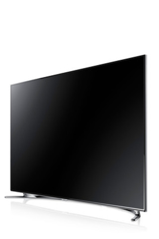 Samsung introduced its new flagship F8000 LED TV, the first Samsung television to feature a quad-core processor at CES 2013. Available in sizes up to 75-inches, the F8000 features an ultra-thin profile, a quarter-inch thick bezel and a half-moon shaped Arc stand. (CNW Group/Samsung Electronics Canada)