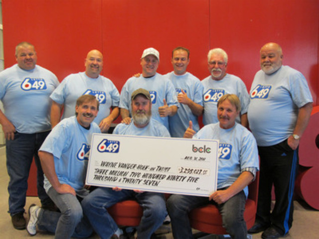 Langley's $3.2 million Lotto 6/49 winners (CNW Group/BC Lottery Corporation)