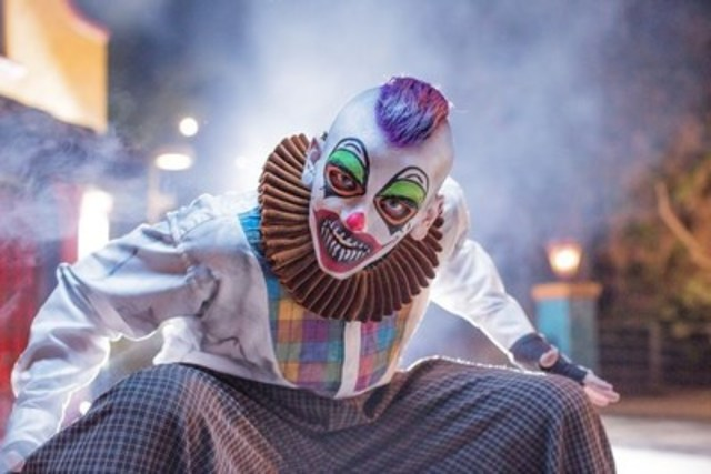 Terrifying monsters around every corner. (CNW Group/Canada's Wonderland Company)