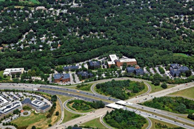 Le complexe de bureaux de Wellesley Office Park, dont la superficie atteint 650 000 pieds carrés, est situé à Wellesley, l'une des banlieues les plus en vogue de Boston. (Groupe CNW/Société Financière Manuvie)