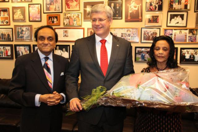 Shan Chandrasekar, Rt. Honourable Stephen Harper, Prime Minister of Canada, & Jaya Chandrasekar (CNW Group/Asian Television Network International Limited)