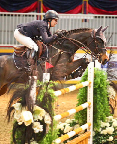 Laura Kraut and Woodstock O took second place in tonight's $33,000 Jolera International Jumper Welcome at Toronto's CSI4*-W Royal Horse Show. Kraut took top honours in this afternoon's $20,000 International Power & Speed with Bonito R. Photo Credit: Ben Radvanyi (CNW Group/Royal Agricultural Winter Fair)
