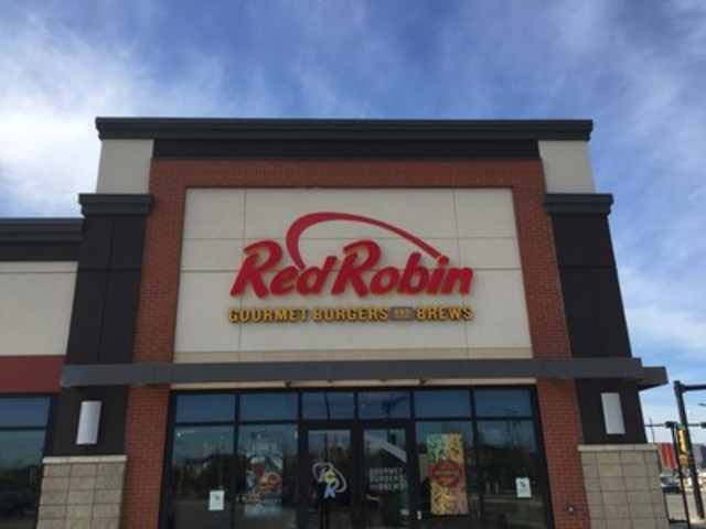 """""""Red Robin in the Currents of Windermere (Edmonton, AB), opens Monday, April 18th at 11 a.m.!"""" (CNW Group/Red Robin Restaurants of Canada Ltd.)"""