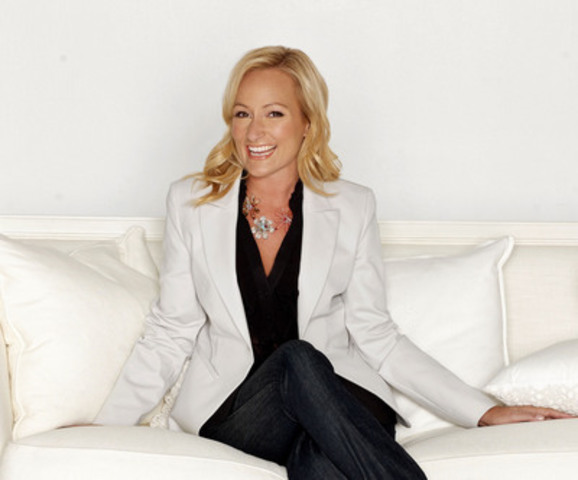 Le Salon canadien du meuble s'allie Karen Sealy comme porte-parole 2015 (Groupe CNW/Association des fabricants de meubles du Québec)