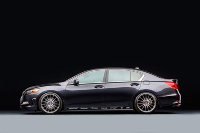 Acura a dévoilé aujourd'hui trois berlines de conception spéciale, dont la berline RLX VIP, au salon 2013 de la Specialty Equipment Market Association (SEMA) à Las Vegas. Evasive Motorsports a créé un concept qui convient tant aux déplacements quotidiens qu'aux soirées raffinées en ville. (Groupe CNW/Acura Canada)