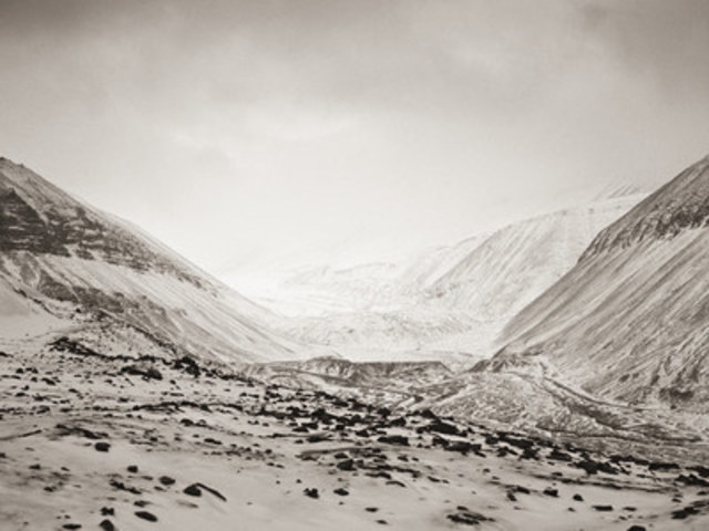 Longyearbreen (2014) by J R Bernstein (© 2014 courtesy of Bezpala Brown Gallery) (CNW Group/Bezpala Brown Gallery)