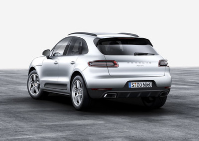 Porsche reveals new details, including a new engine option, in the 2017 Macan on March 9, 2016. (CNW Group/Porsche Cars Canada)