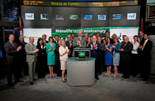 Manulife Financial Chair, Dr. Gail Cook-Bennett, President and Chief Executive Officer Donald Guloien, senior management and the company's STARs of Excellence Program honourees, open the market at Toronto Stock Exchange. (CNW Group/Manulife Financial Corporation)